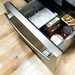 Sub Zero Under-counter Refrigeration-M